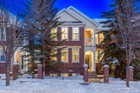 Townhouse for sale at 10 St Julien Dr SW Calgary Alberta - MLS: A1052010