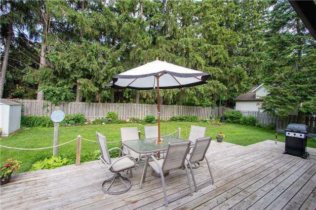 For Sale: 10 Strathroy Crescent, Markham, ON | 3 Bed, 2 Bath House for $1,079,999. See 18 photos!