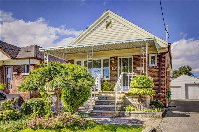 Sold: 10 Trowell Avenue, Toronto, ON