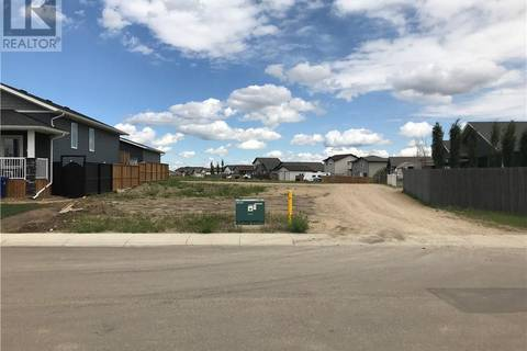 Home for sale at 10 Valmont St Blackfalds Alberta - MLS: ca0172297
