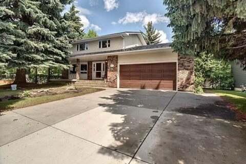 House for sale at 10 Varsconna Pl Northwest Calgary Alberta - MLS: C4304963