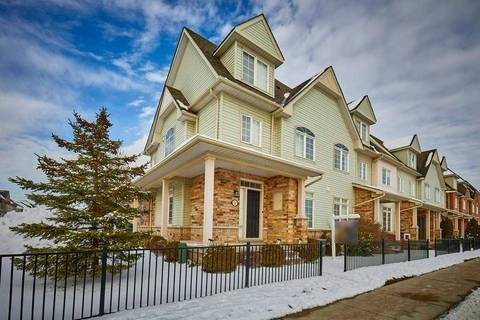 Townhouse for sale at 10 Wicker Park Wy Whitby Ontario - MLS: E4647757