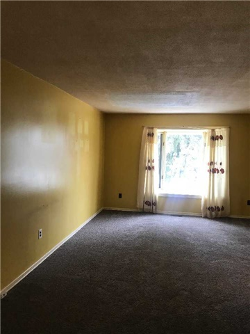 For Rent: 10 Wickson Trail, Toronto, ON   3 Bed, 1 Bath Townhouse for $1,750. See 8 photos!