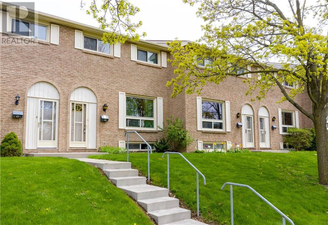 Buliding: 165 Green Valley Drive, Kitchener, ON