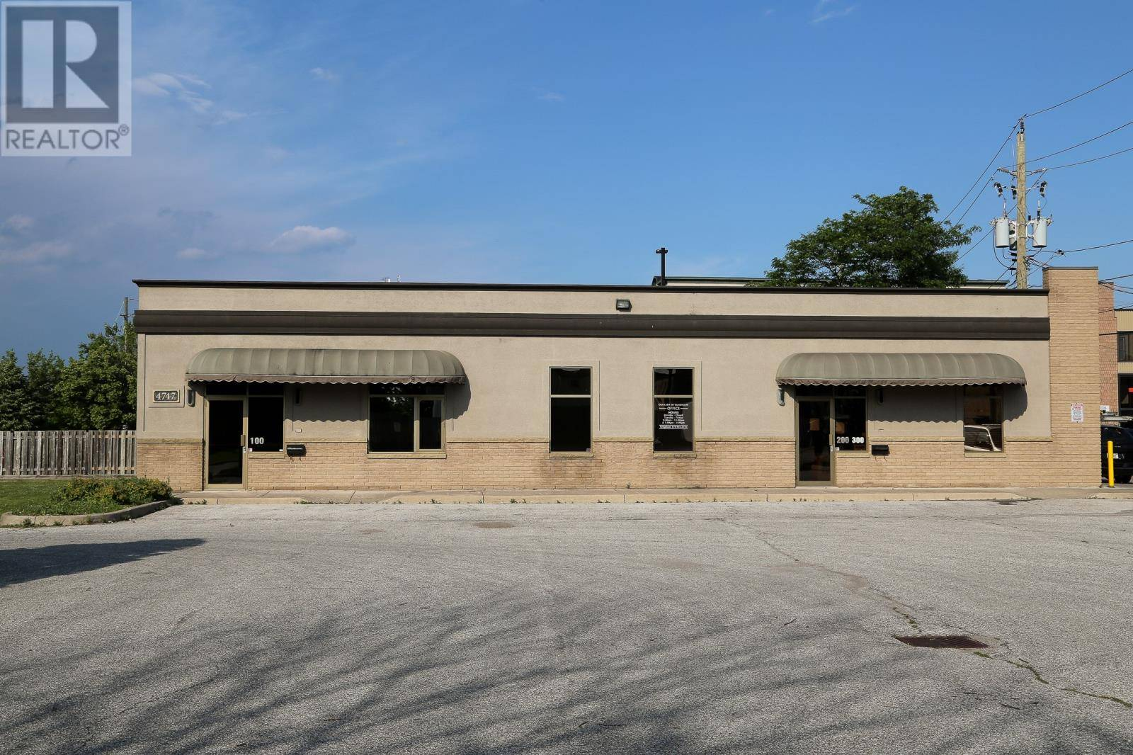 Commercial property for lease at 4747 Pleasant Place  Apartment 100 Windsor Ontario - MLS: 19022732
