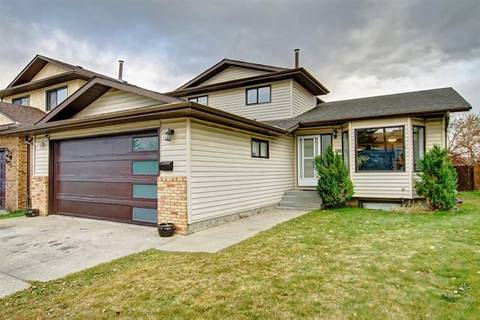 House for sale at 100 Bedwood Cres Northeast Calgary Alberta - MLS: C4273884