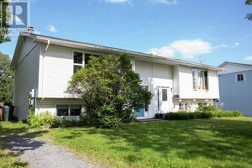 House for sale at 100 Bon Accord Dr Saint John New Brunswick - MLS: NB031053