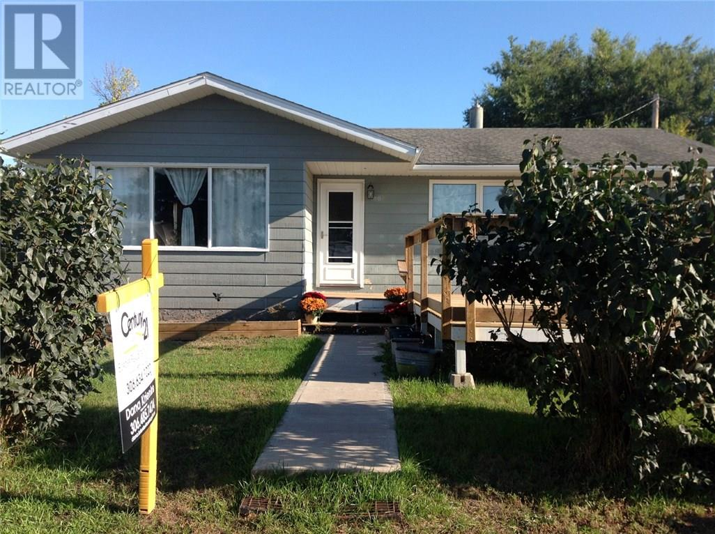 For Sale: 100 Fraser Avenue, Oxbow,  | 4 Bed, 2 Bath House for $239,000. See 3 photos!