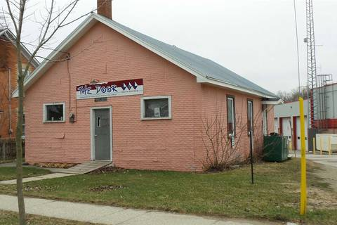 Residential property for sale at 100 Frederick St Wellington North Ontario - MLS: X4444446