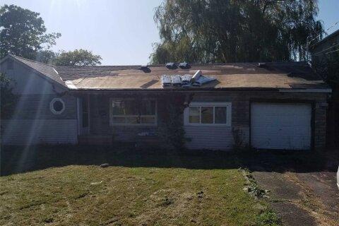House for sale at 100 Gooderham Dr Toronto Ontario - MLS: E4991455