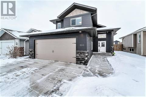 House for sale at 100 Heartland Cres Penhold Alberta - MLS: ca0156034