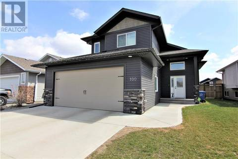 House for sale at 100 Heartland Cres Penhold Alberta - MLS: ca0165464