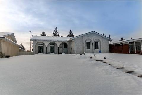 House for sale at 100 Lake Emerald Rd Southeast Calgary Alberta - MLS: C4279249