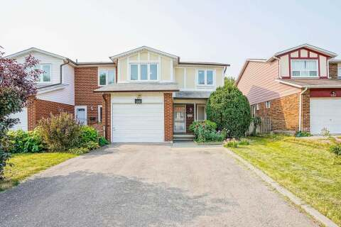 Townhouse for sale at 100 Micmac Cres Toronto Ontario - MLS: C4924592