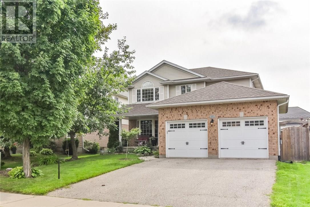 House for sale at 100 Pheasant Run Drive Guelph Ontario - MLS: X4285547
