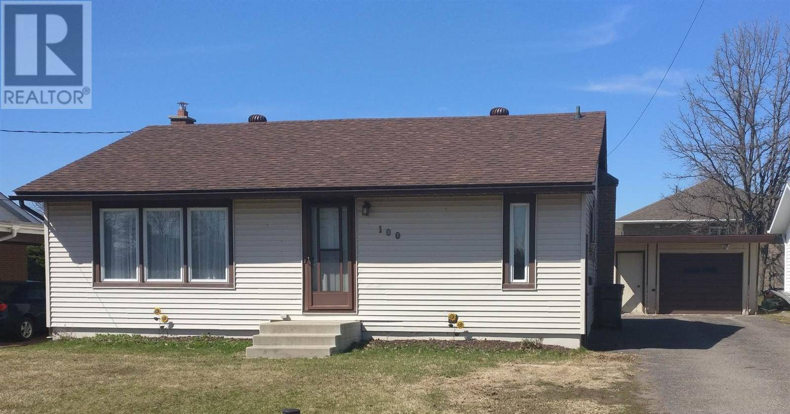 House for sale at 100 Strand Ave Sault Ste. Marie Ontario - MLS: SM126550