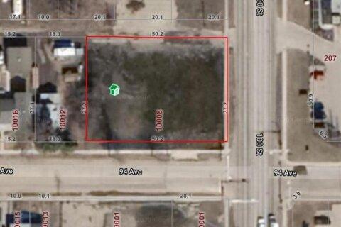Home for sale at 10002 94 Ave Grande Prairie Alberta - MLS: A1043346