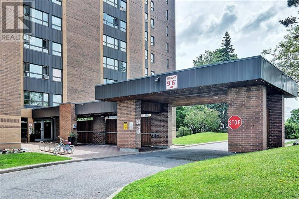 Condo for sale at 1356 Meadowlands Dr Unit 1001 Ottawa Ontario - MLS: 1175436