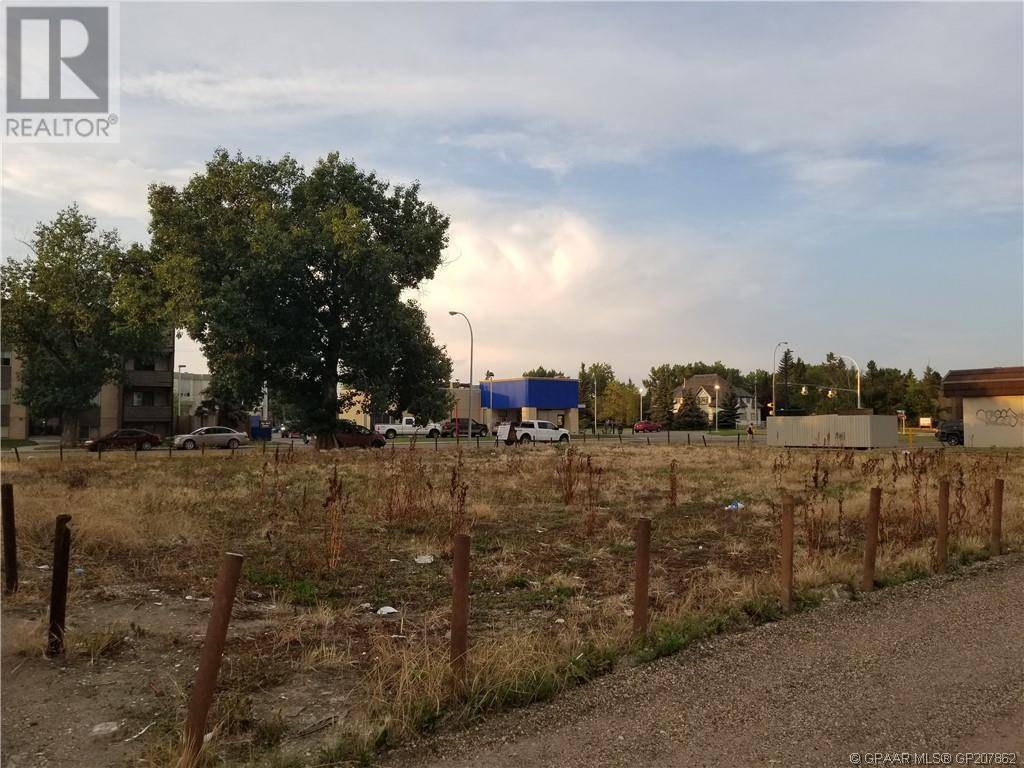 Residential property for sale at 10017 105 Ave Grande Prairie Alberta - MLS: GP207862
