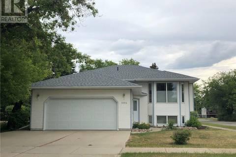 House for sale at 1002 10th St Humboldt Saskatchewan - MLS: SK768905