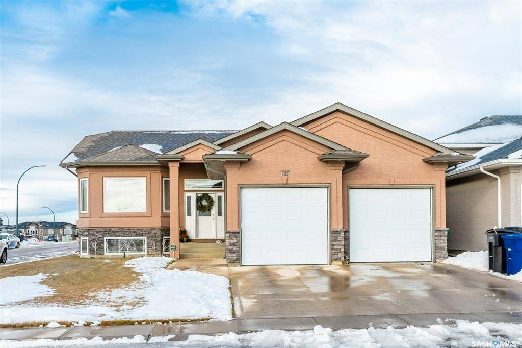 House for sale at 1002 Ledingham Ln Saskatoon Saskatchewan - MLS: SK792461