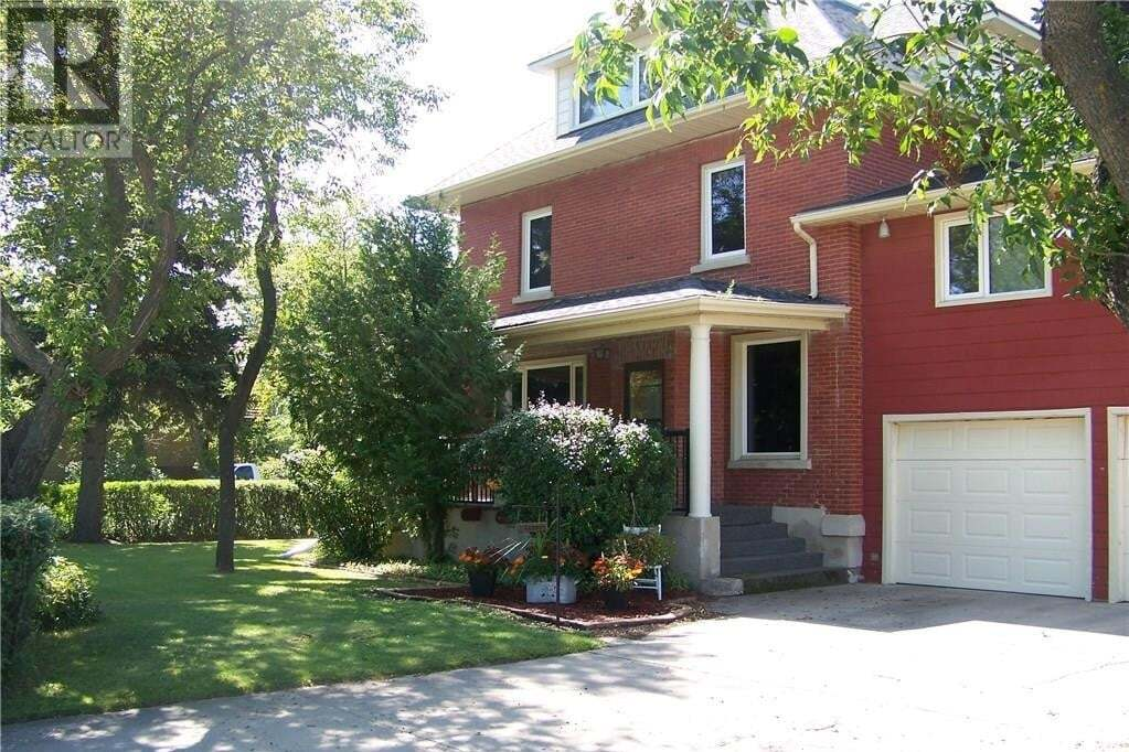 House for sale at 1003 9th St Humboldt Saskatchewan - MLS: SK818156