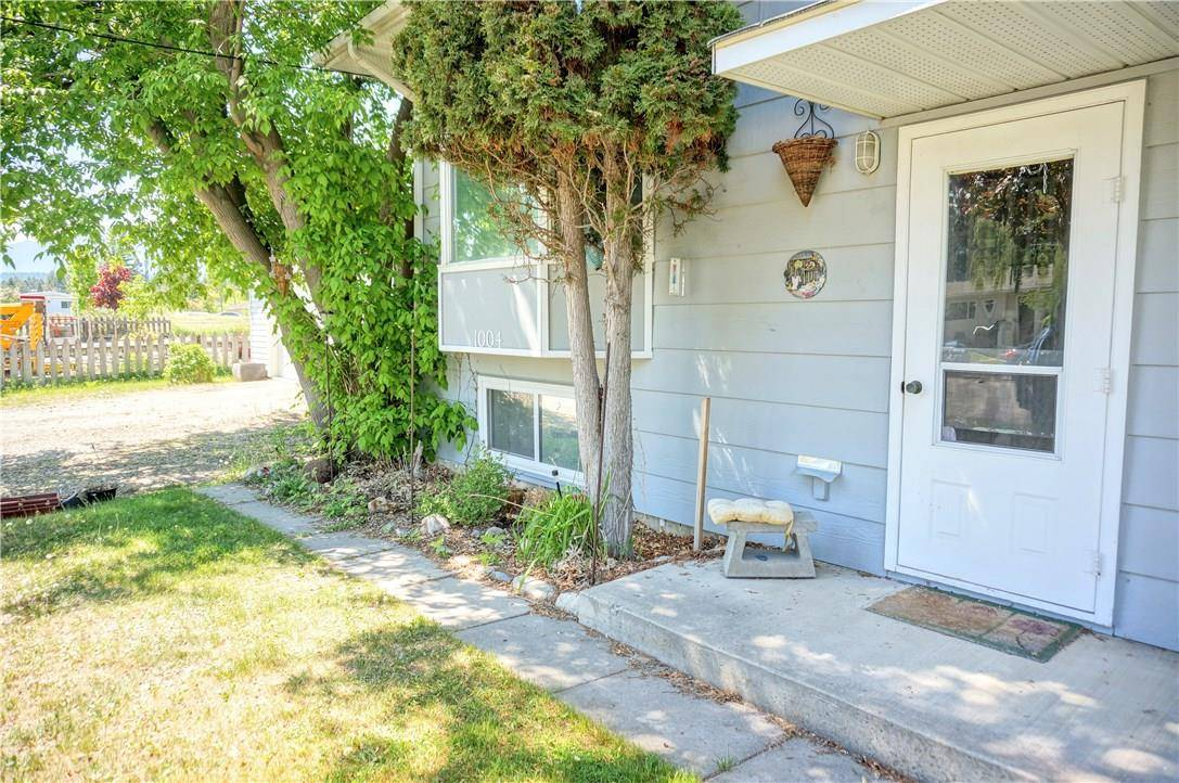 Townhouse for sale at 1004 11th Ave Invermere British Columbia - MLS: 2437986