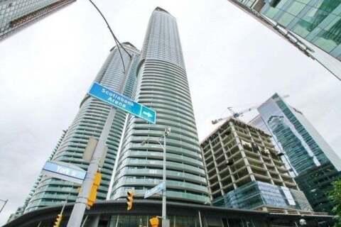 Apartment for rent at 12 York St Unit 1004 Toronto Ontario - MLS: C4821566