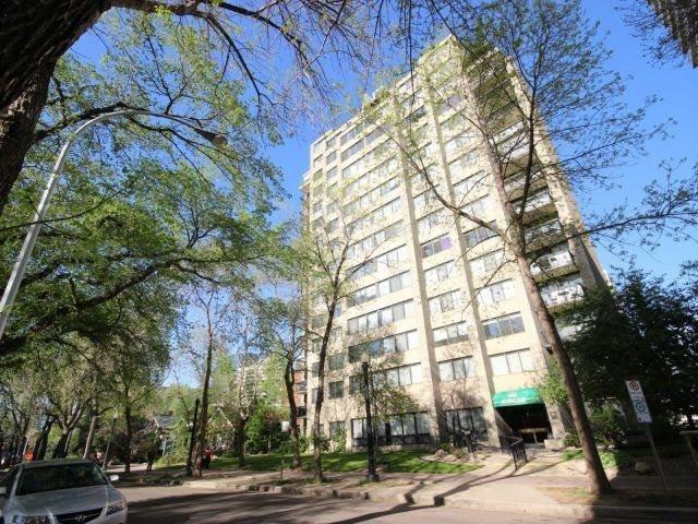 Buliding: 9921 104 Street, Edmonton, AB