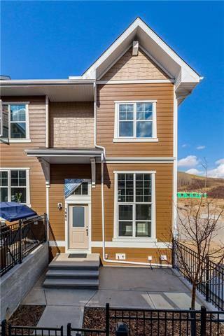 Townhouse for sale at 1004 Cranbrook Walk/walkway Southeast Calgary Alberta - MLS: C4241894