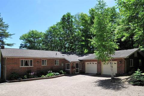 House for sale at 1004 Halls Lake Rd Algonquin Highlands Ontario - MLS: X4504699