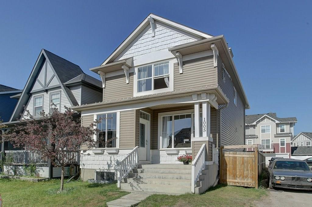 For Sale: 1005 New Brighton Gardens Southeast, Calgary, AB | 4 Bed, 4 Bath House for $399,900. See 34 photos!