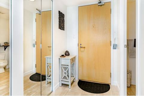 Condo for sale at 1500 Howe St Unit 1006 Vancouver British Columbia - MLS: R2402461