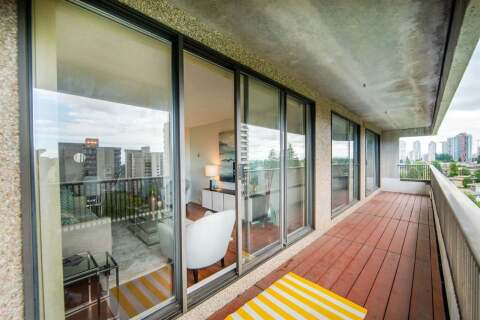 Condo for sale at 4194 Maywood St Unit 1006 Burnaby British Columbia - MLS: R2474071