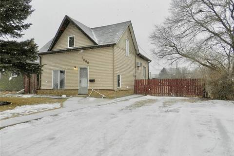 House for sale at 1006 5th Ave NE Moose Jaw Saskatchewan - MLS: SK800513