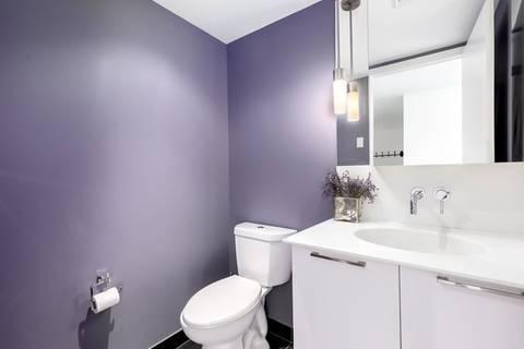 Apartment for rent at 95 Bathurst St Unit 1006 Toronto Ontario - MLS: C4393446