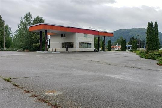 Home for sale at 1006 Maclean - Mcpherson Rd Sicamous British Columbia - MLS: 10217965