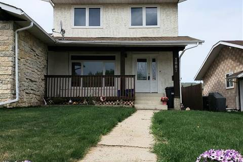 Townhouse for sale at 1007 13 St Cold Lake Alberta - MLS: E4152656