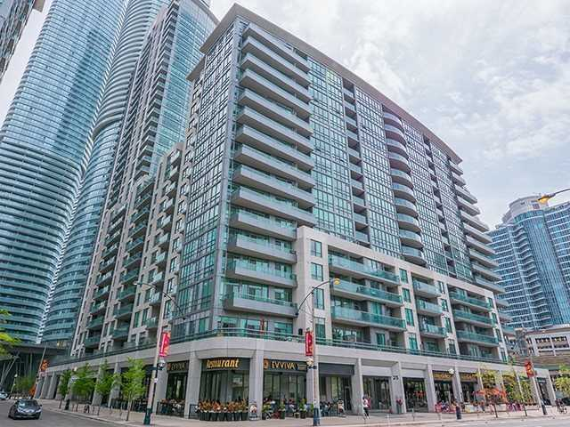 For Rent: 1007 - 25 Lower Simcoe Street, Toronto, ON | 2 Bed, 2 Bath Condo for $3,200. See 14 photos!
