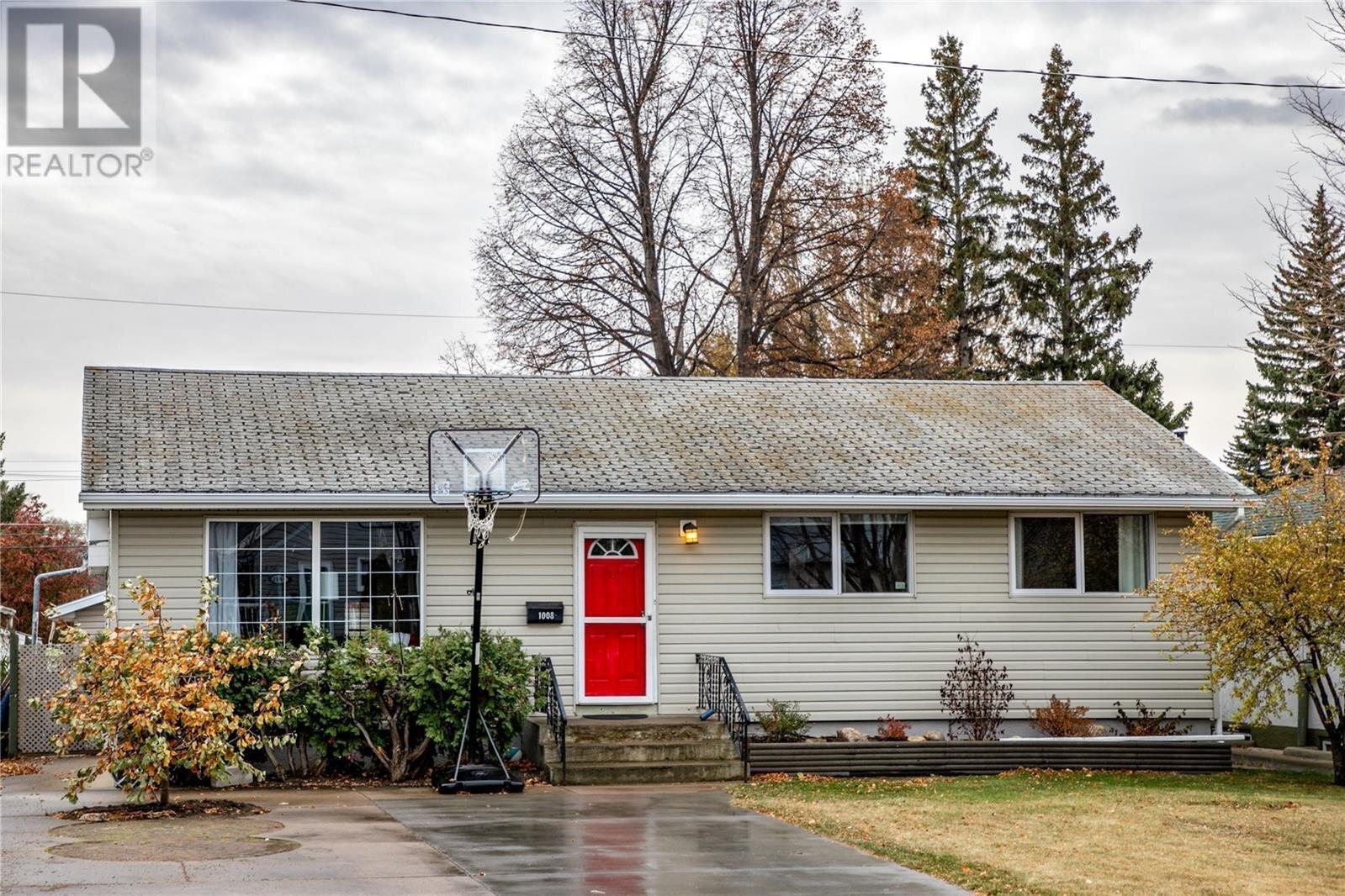House for sale at 1008 1st St E Saskatoon Saskatchewan - MLS: SK831435