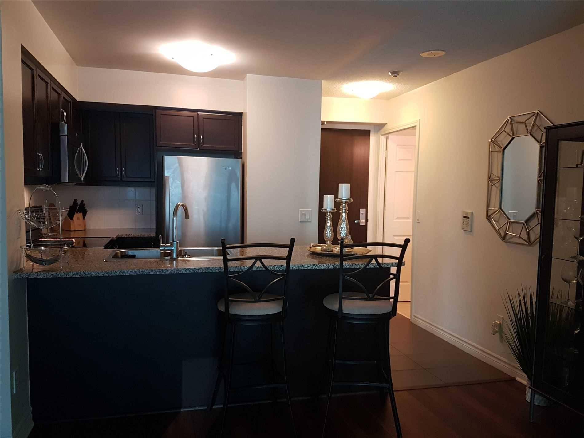 Apartment for rent at 19 Grand Trunk Cres Unit 1009 Toronto Ontario - MLS: C4553057