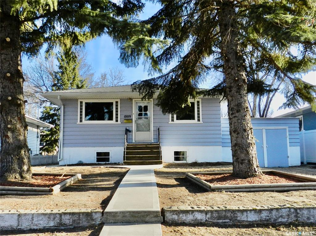 Removed: 1009 Coteau Street West, Moose Jaw, SK - Removed on 2020-05-26 00:00:09