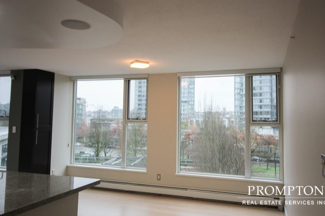 Apartment for rent at 1009 Expo Blvd Vancouver British Columbia - MLS: R2528057