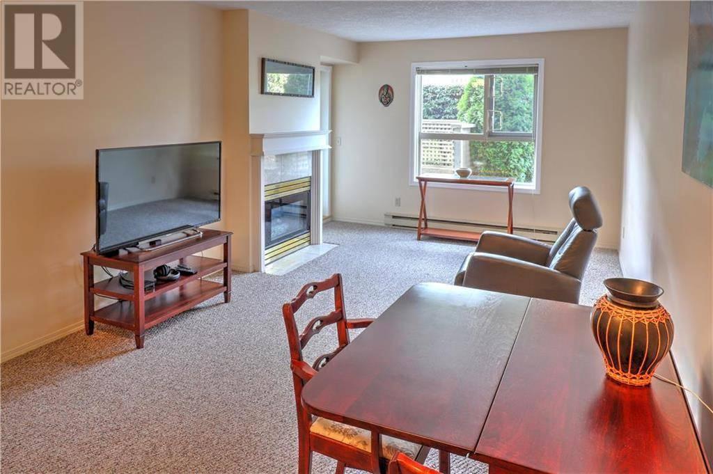 Condo for sale at 1715 Richmond Ave Unit 101 Victoria British Columbia - MLS: 420627