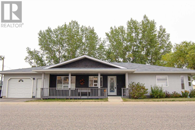 House for sale at 101 2nd St S Martensville Saskatchewan - MLS: SK826562