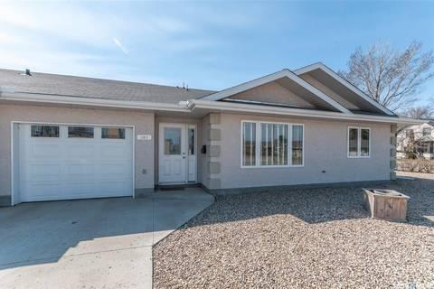 Townhouse for sale at 101 4th St E Fort Qu'appelle Saskatchewan - MLS: SK768646