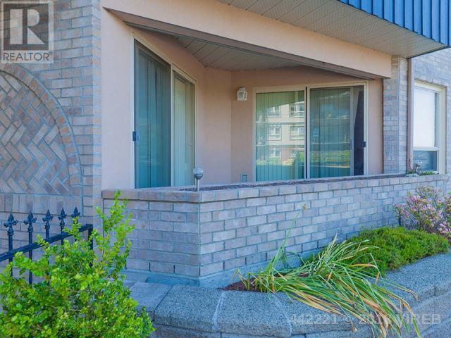 For Sale: 101 - 6738 Dickinson Road, Nanaimo, BC | 1 Bed, 1 Bath Condo for $235,000. See 17 photos!