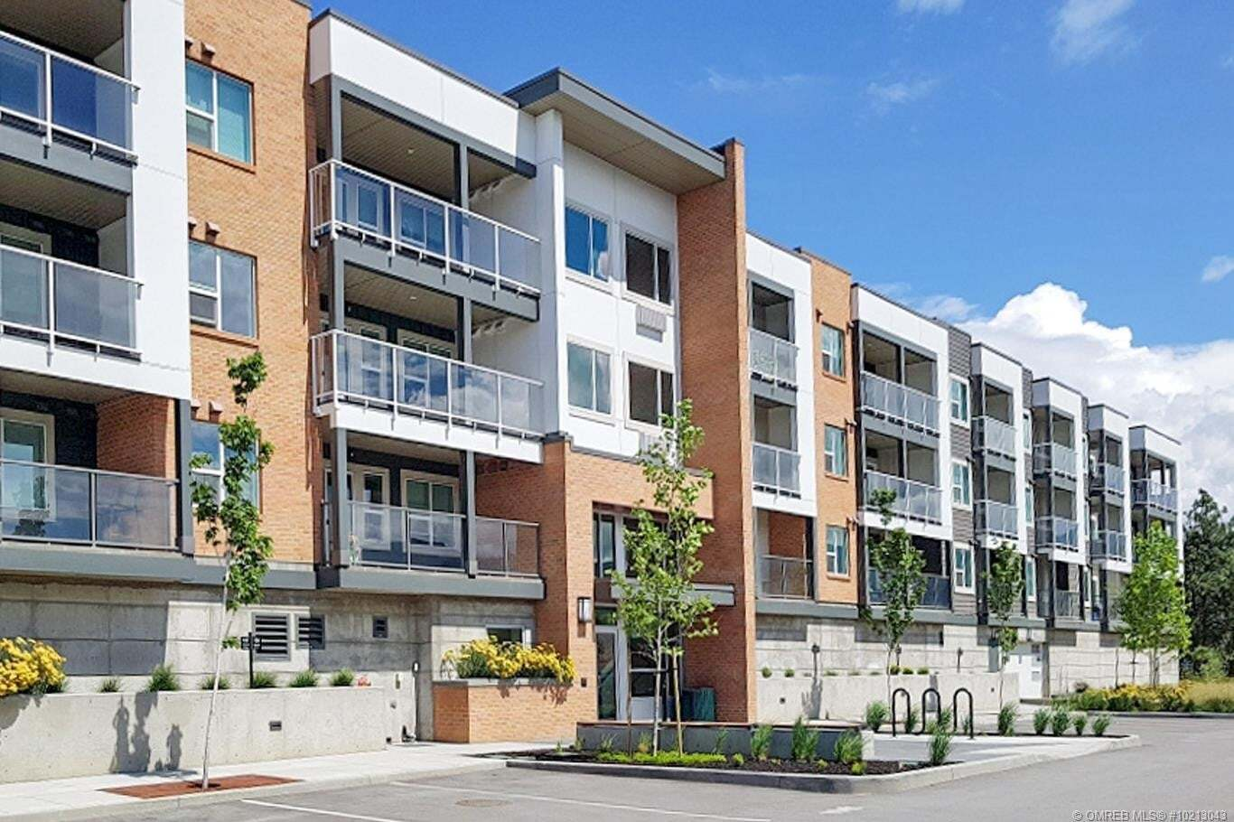 Condo for sale at 725 Academy Wy Unit 101 Kelowna British Columbia - MLS: 10213043