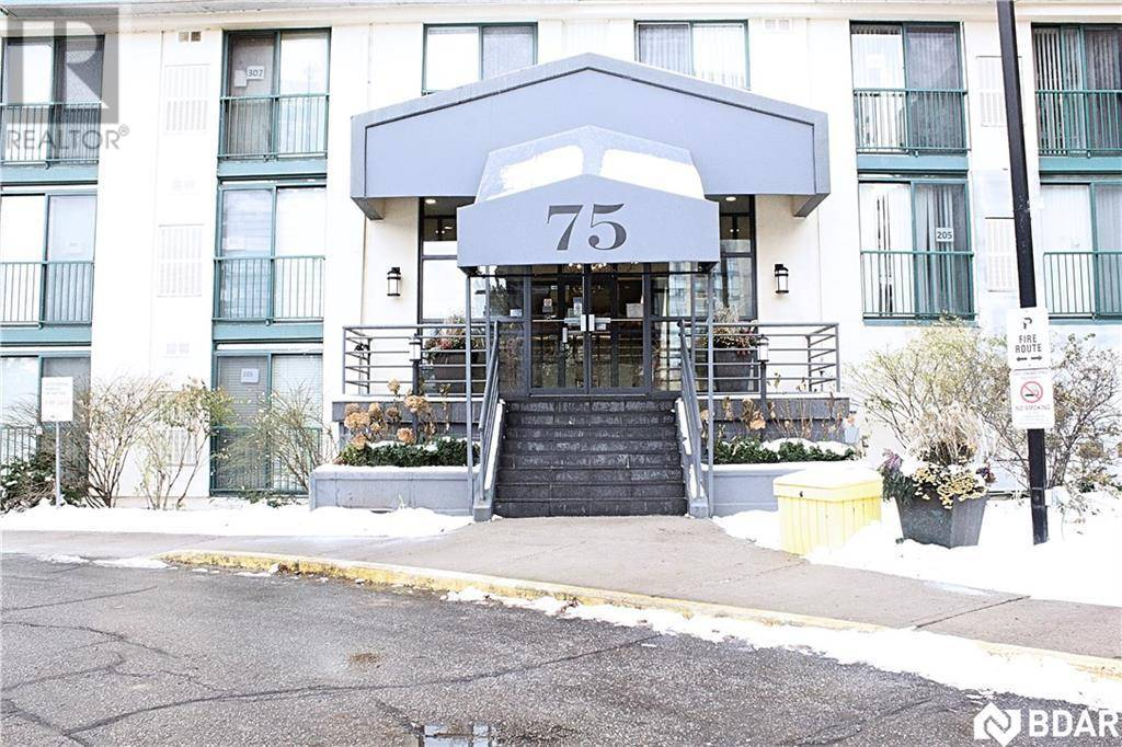 Condo for sale at 75 Ellen St Unit 101 Barrie Ontario - MLS: 30771013