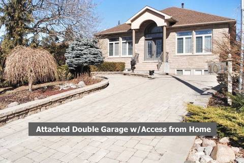 House for sale at 101 Applewood Cres Whitby Ontario - MLS: E4379091